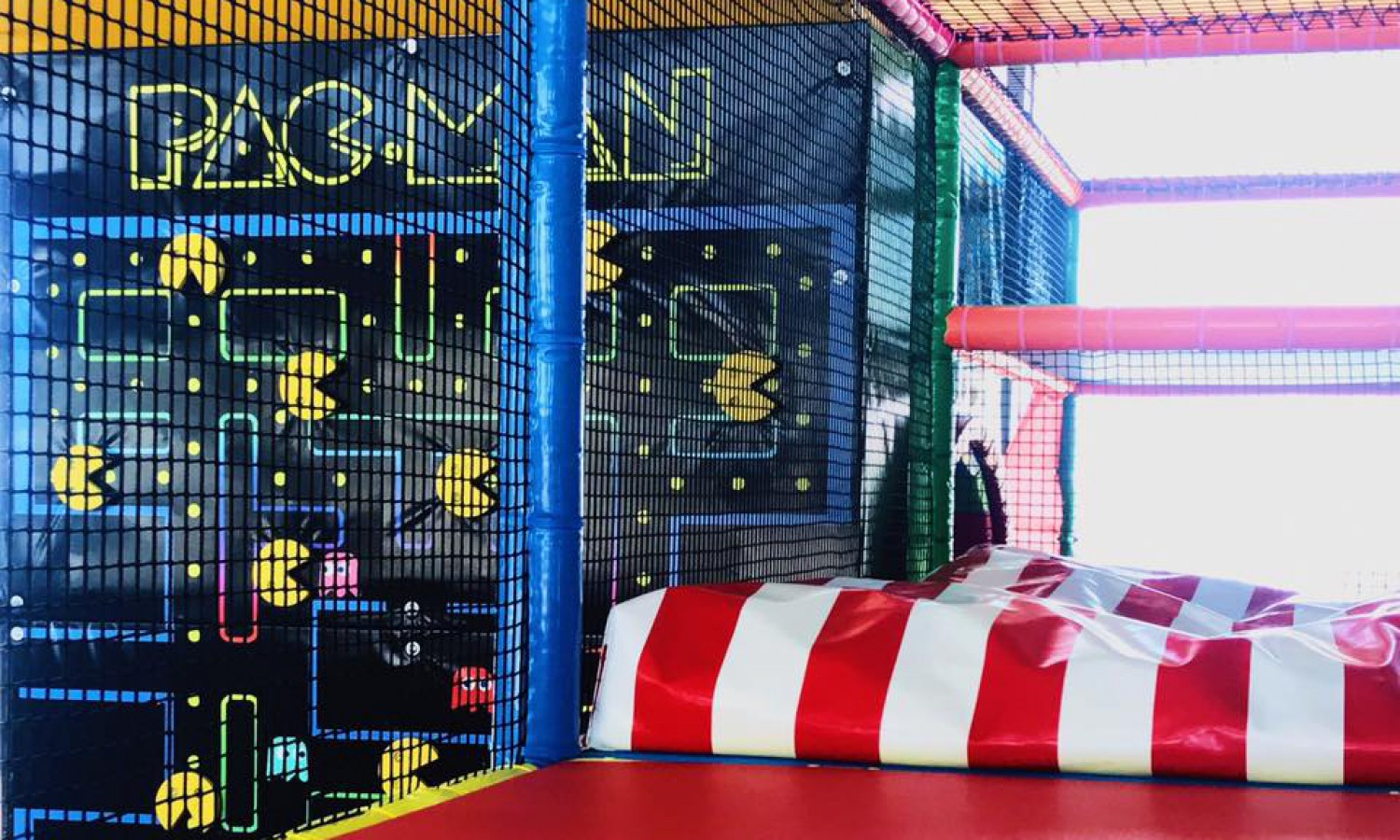 Play & Bounce